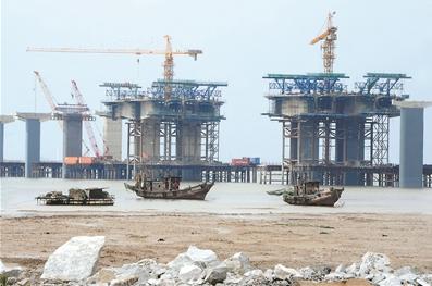 连云港市首座跨海大桥正加紧施工